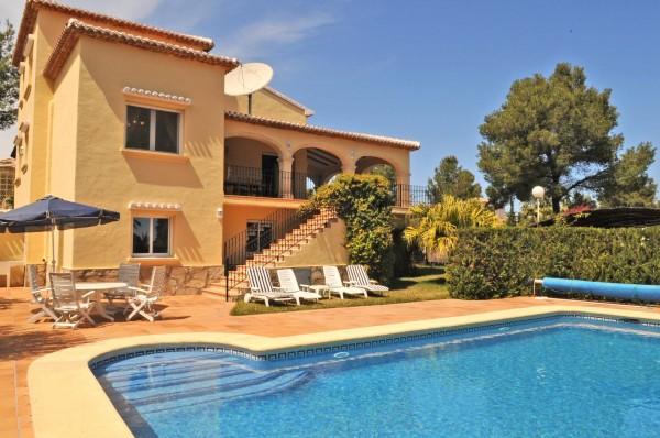 Photo Villa Alfa and pool